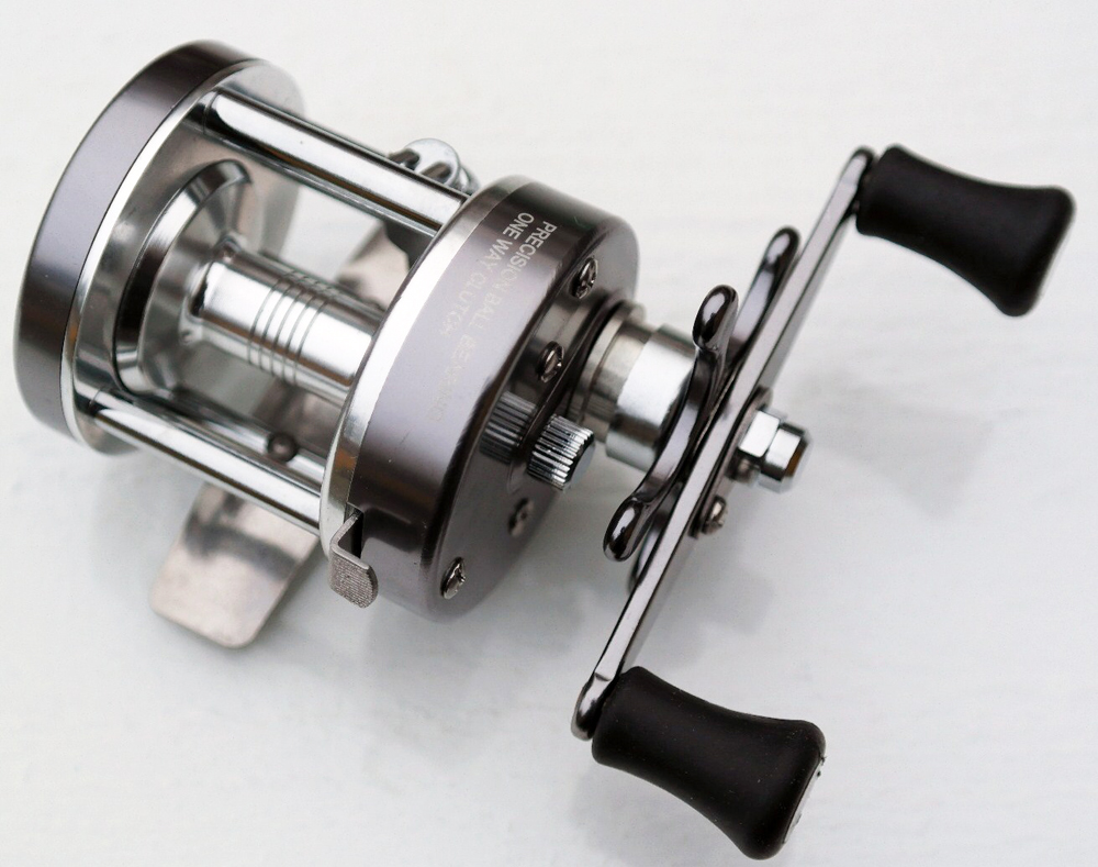 Hilevel ice fishing reel cl series for Ice fishing reel